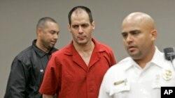 El gobernador de Florida, Rick Scott firmó la orden para la ejecución de la pena de muerte contra Juan Carlos Chávez, centro.