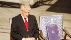 گزارش: صندلی ليو شيابائو در مراسم نوبل خالی بود