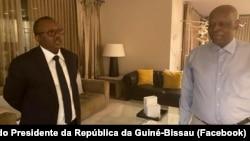 Úmaro Sissoco Embaló, Presidente guineense, e José Eduardo dos Santos, antigo Presidente angolano, em Barcelona, 30 outubro 2020