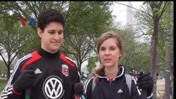 DC United Peringati Hari Bumi dengan Baksos - Liputan Sports VOA