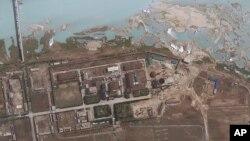 Hình ảnh vệ tinh do GeoEye cung cấp cho thấy các khu vực xung quanh cơ sở hạt nhân Yongbyon ở Yongbyon, Bắc Triều Tiên.