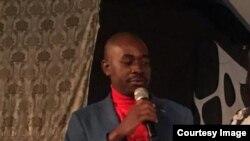 Umkhokheli webandla leMDC uMnu. Nelson Chamisa.