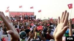 Situasi politik di Burma menjelang pemilu (foto: dok). Organisasi HAM menhimbau pemerintah Burma untuk berunding dengan organisasi internasional terkait peraturan perundangan HAM.