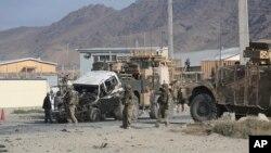 13일 아프가니스탄 카불에서 발생한 자살 폭탄 공격 현장. (자료사진)