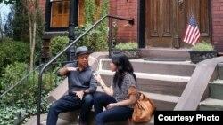 Sutradara Rizal Mantovani saat diwawancara VOA di Georgetown, di kawasan Washington DC, Amerika.