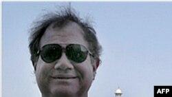 Ông Stewart David Nozette bị bắt vào năm 2009 sau khi cố bán tin tức cho 1 nhân viên FBI giả dạng là 1 nhân viên tình báo Israel