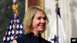 Duta Besar AS untuk Kanada, Kelly Craft, pada upacara pelantikannya di Gedung Putih, Washington, 26 September 2017.