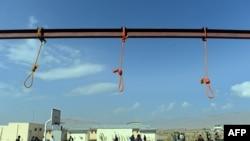 Des cordes utilisées pour la pendaison à Kaboul, le 8 octobre 2014.