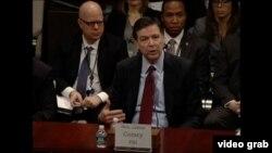 联邦调查局局长科米在国会作证。(2016年2月5日)