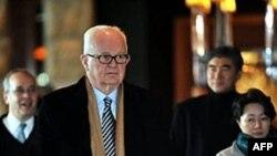Đặc sứ Hoa Kỳ về Bắc Triều Tiên Stephen Bosworth