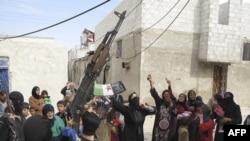 Nasilje vladinih snaga u Siriji i dalje traje uprkos mirovnom planu izaslanika UN-a Kofija Anana