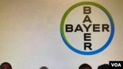 Archivo- Miembros de la junta directiva durante la reunión anual de accionistas de Bayer en Bonn, Alemania, 25-05-18.