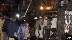 인도 뭄바이 폭탄테러 현장