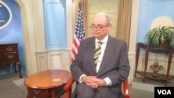 Diplomat AS, James Dobbins, mendesak Taliban untuk tetap bergabung dalam proses rekonsiliasi Afghanistan.