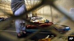 هم اکنون حدود ۳۰۰۰ زندانی در زندان مرکزی هرات محبوس است.