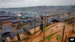 羅興亞穆斯林逃離緬甸進入孟加拉國搭建了以棲身的帳篷。