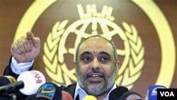 Ketua Badan Penyelamat Kemanusiaan dan Kebebasan (IHH), Bulent Yildirim, berbicara kepada media mengenai rencananya untuk menerobos bolake laut Israel terhadap Jalur Gaza.
