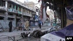 Cảnh tàn phá sau một vụ nổ bom ở Pakistan