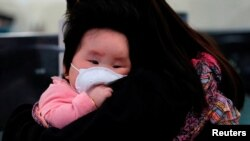 چین سے متصل ہونے کی وجہ سے ہانگ کانگ میں یہ وبا پھیلنے کے زیادہ خطرات ہیں۔ (فائل فوٹو)