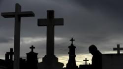 Profanação de cimitérios - 2:23