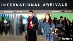 2020年1月26日,乘客從上海抵達洛杉磯國際機場。