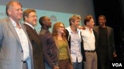 Участники фильма «Полет» на пресс-конференции
