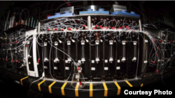 Molecular 3-D printer (Howard Hughes Medical Institute photo)