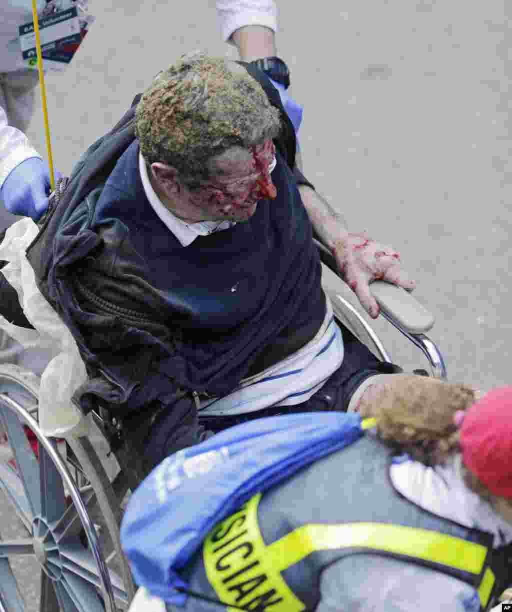 Взрыв в Бостоне, 15 апреля, 2013г.