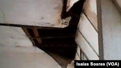 Tecto de escola em avançado estado de degradação, Malanje