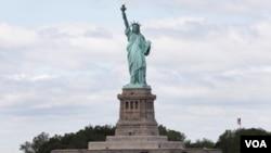 Patung 'Lady Liberty' asli yang berada di New York, karya arsitek Perancis Frédéric Auguste Bartholdi.
