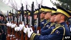 Shënohet trembëdhjetë vjetori i fillimit të luftës në Kosovë