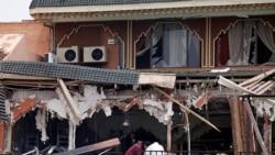 کافه ویران شده در بمبگذاری روز پنجشنبه، مراکش - ۲۸ آوریل ۲۰۱۱