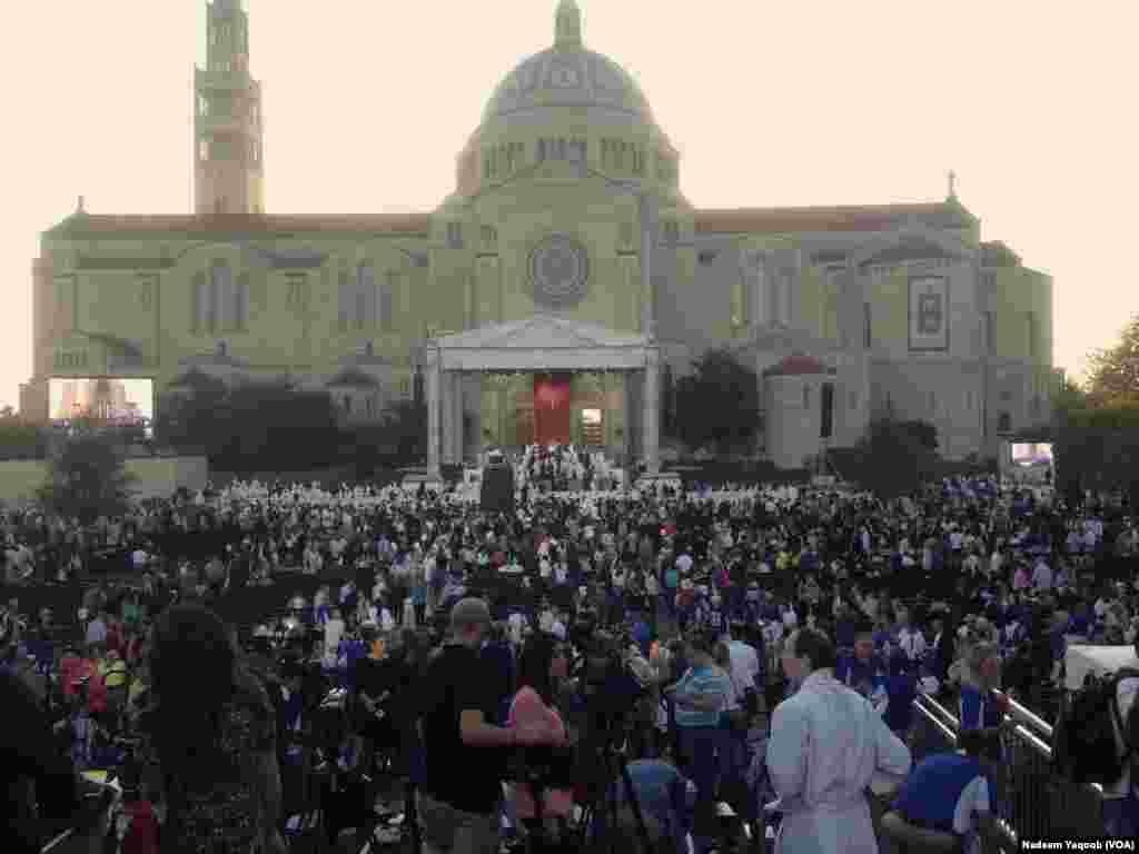 دعائیہ تقریب کا ایک منظر۔
