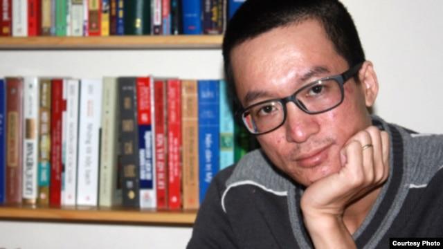 Phóng viên Nguyễn Đắc Kiên đã bị cho nghỉ việc vì phản đối phát biểu của Tổng Bí thư Ðảng CS Việt Nam Nguyễn Phú Trọng.
