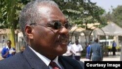 Professor Idris Kikula