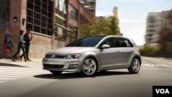 La compañía alemana añadió que el software está también instalado en otros vehículos con motor diesel del grupo Volkswagen, que también tiene marcas como Audi.