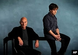 Patrick Stewart (left) and T.R. Knight star in a new Broadway production of David Mamet's 'A Life in the Theatre.'