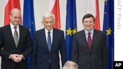 Poland Ratifies EU Treaty
