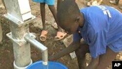 Journée mondiale de l'eau 2010: « De l'eau propre pour un monde sain »