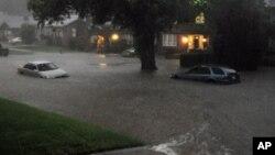 Banjir bandang yang melanda negara bagian Oklahoma, AS tahun 2013 (foto: dok). Oklahoma kembali dilanda banjir Minggu (24/5).