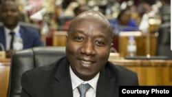 Edouard Ngirente ni we minisitiri w'intebe w'u Rwanda