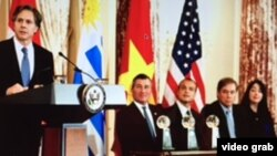 Empresas de Ecuador, Perú, Honduras y Uruguay fueron reconocidas. El secretario de Estado adjunto para asuntos empresariales, Charles Ripken inauguró el evento.