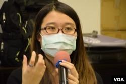 香港大學學生會前會長梁麗幗表示,最近入稟高等法院申請司法覆核,主要是挑戰港府進行第二輪政改諮詢的法律基礎。(美國之音湯惠芸攝)