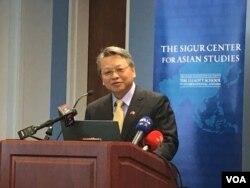 台湾外交部次长令狐荣达 (美国之音钟辰芳拍摄)