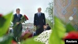اسلام کریموف که بتاریخ دوهم سپتامبر به عمر ٧٨ سالگی درگذشت بیش از ٢٥ سال بر اوزبیکستان مستبدانه حکومت نمود