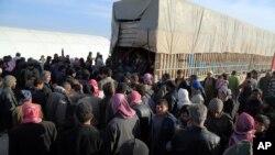 از آغاز جنگ داخلی سوریه در ۲۰۱۱ بیش از ۴ میلیون و ۸۰۰ هزار نفر تنها به ترکیه، لبنان، اردن و مصر گریخته اند