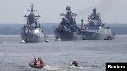 Tàu chiến Nga neo đậu tại Baltiysk thuộc khu vực Kaliningrad giữa Ba Lan và các nước Baltic, 19/7/2015.