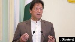 وزیراعظم عمران خان نے کہا کہ کرونا وائرس میں مبتلا ہونے والوں میں سے 97 فیصد مریض صحت یاب ہوجاتے ہیں۔ (فائل فوٹو)