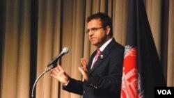 حضرت عمر زاخیل وال، وزیر مالیه افغانستان