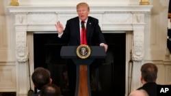Presiden AS Donald Trump menyatakan kesediaan berbicara dengan Korea Utara.